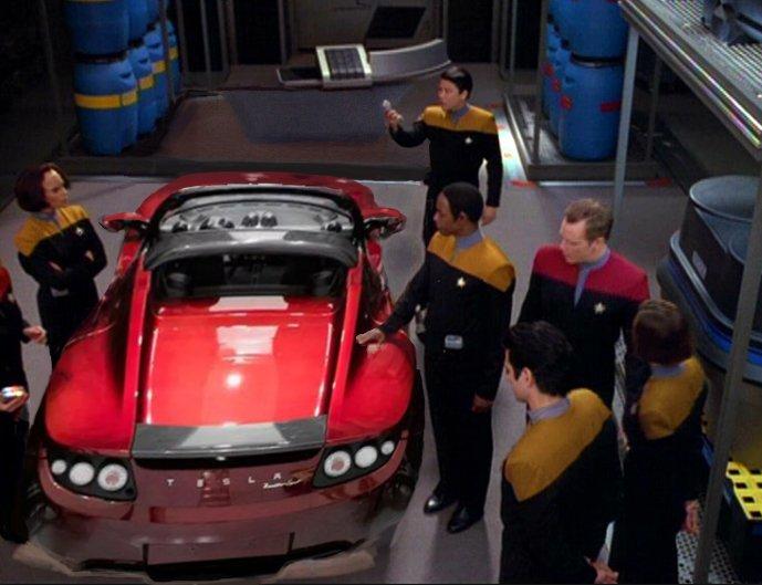 telsa car on star trek set credit to Twitter user:@Kenetor